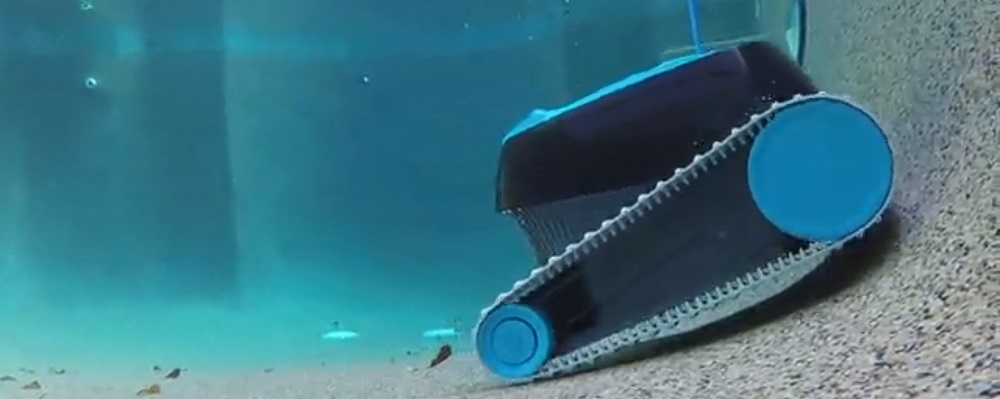Best Robotic Pool Cleaner for the pool