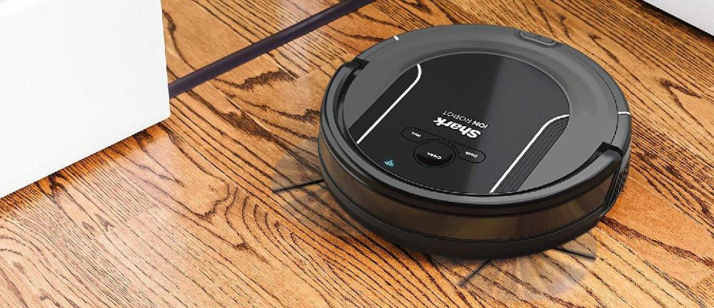 SHARK R85 vs Roomba 690