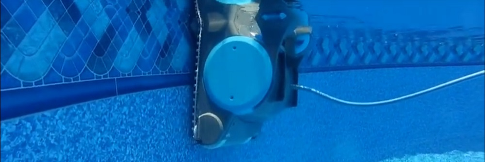Best Robotic Pool Cleaner for Above Ground Pools