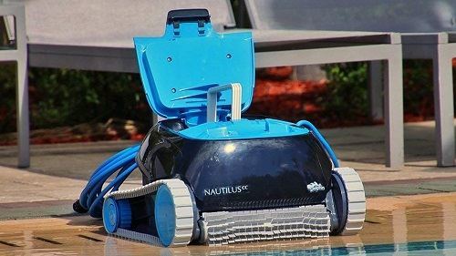 Review of the Dolphin Nautilus CC Automatic Robotic Pool Cleaner