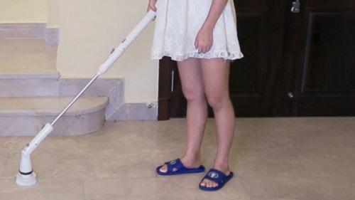 Gloss Boss Mini Floor Scrubber Vs Homitt Electric Spin