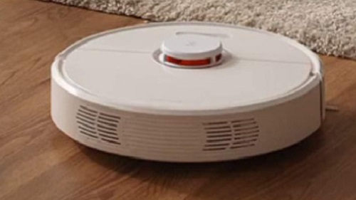 Roborock S5 vs  S6: Robot Vacuum and Mop Comparison