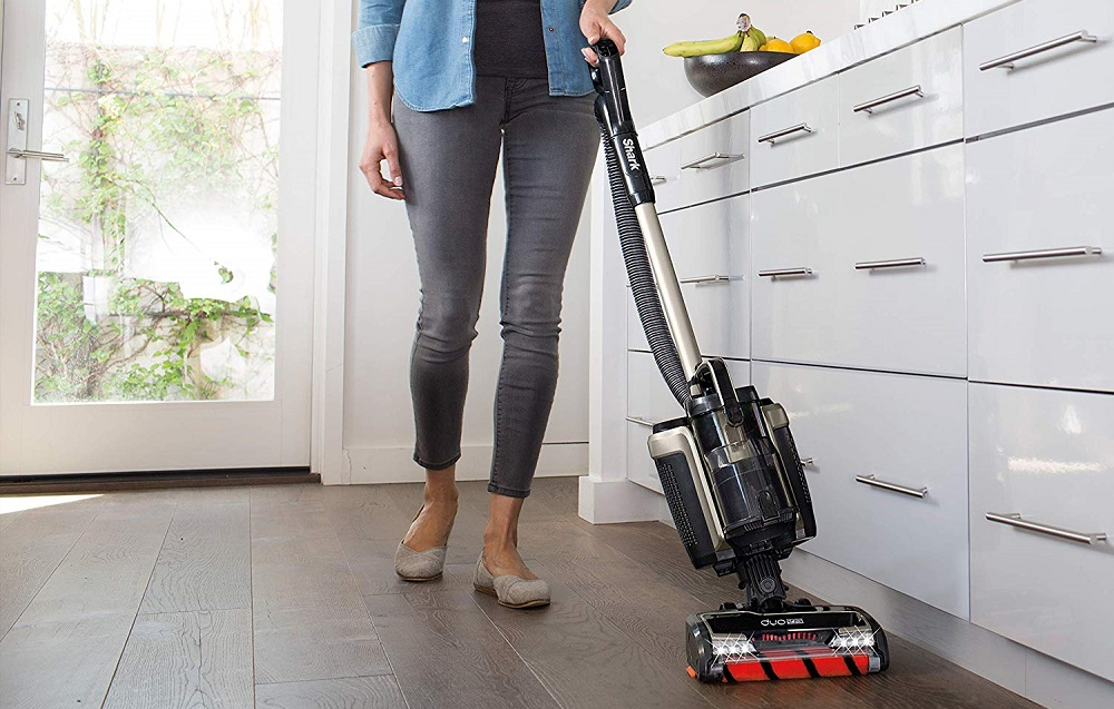 Shark ION P50 Powered-Lift Away IC162 Cordless Upright