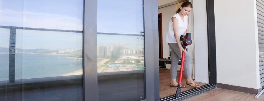 MOOSOO K17 Stick Vacuum Cleaner