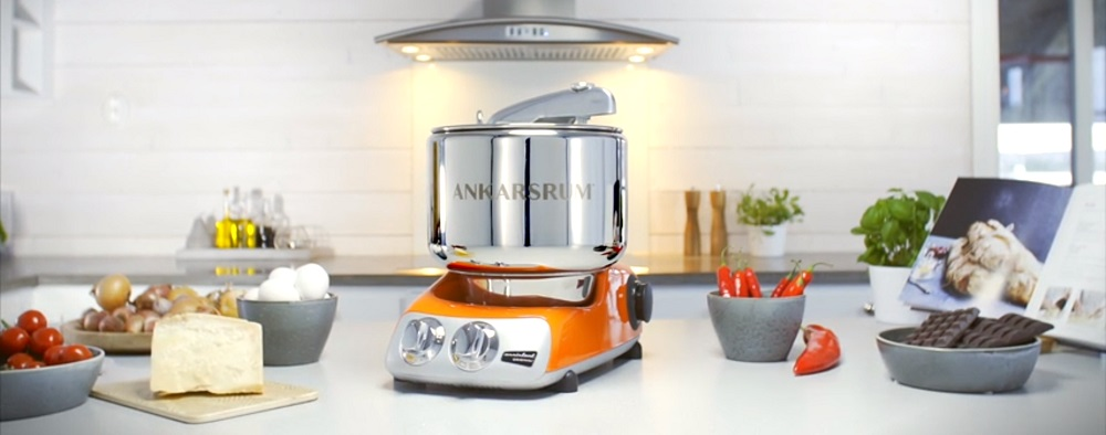 Ankarsrum Original 6230 Black Chrome and Stainless Steel 7 Liter Stand Mixer Review