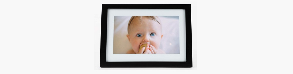 Skylight Frame - 10 Inch Wifi Digital Picture Frame Review