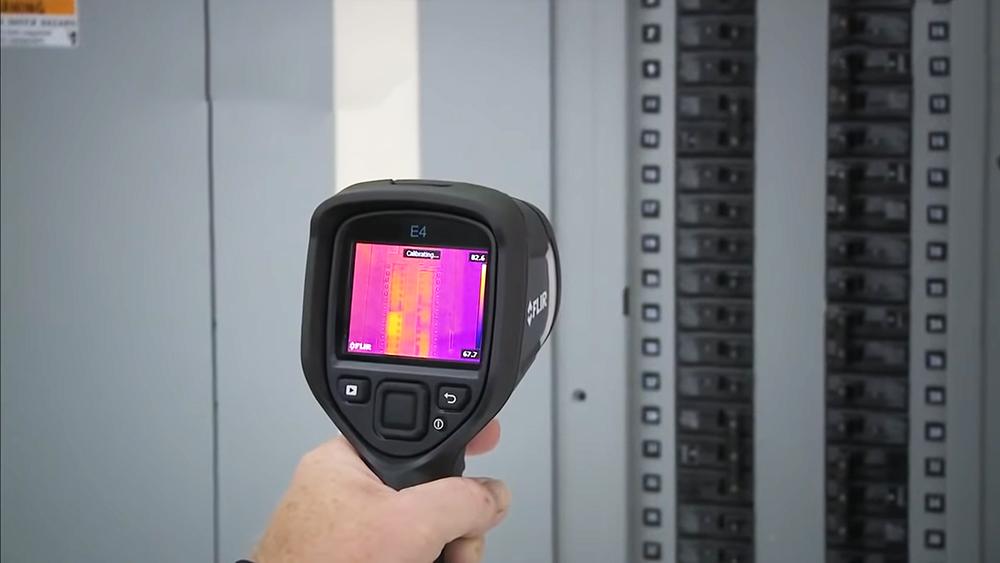 FLIR E4 Thermal Imaging Camera Review