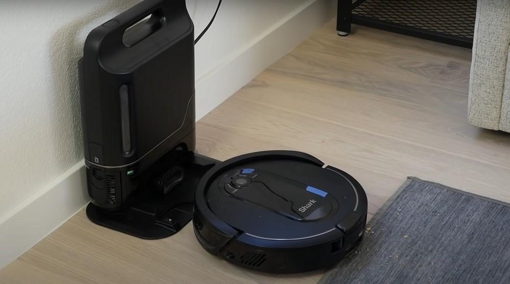 Shark IQ Robotic Vacuum Review