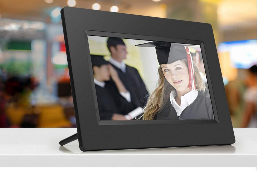 Aluratek 7 inch Digital Picture Frame Review