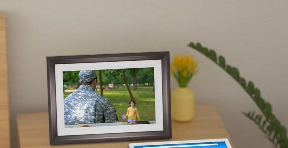 Dragon Touch Digital Picture Frame Review