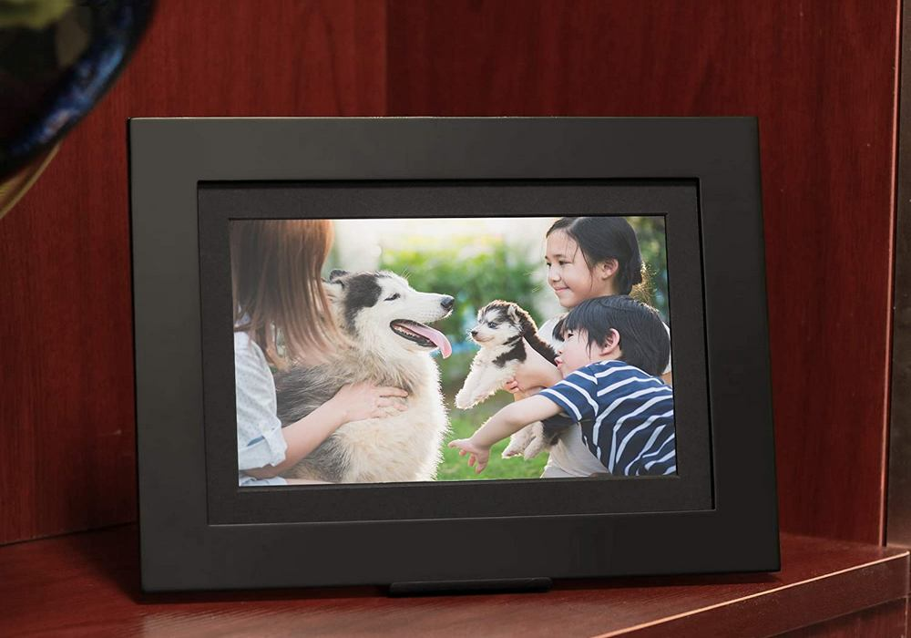 PhotoShare Friends and Family Smart Frame Review