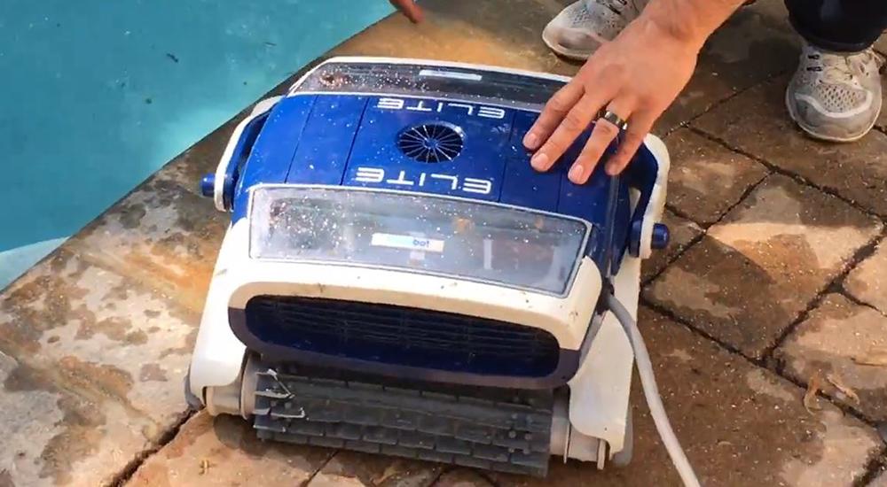 Metalix Aquabot Elite Pro Robotic Pool Cleaner